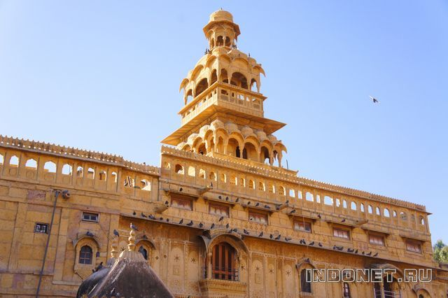 India-Jaisalmer-3-haveli.jpg