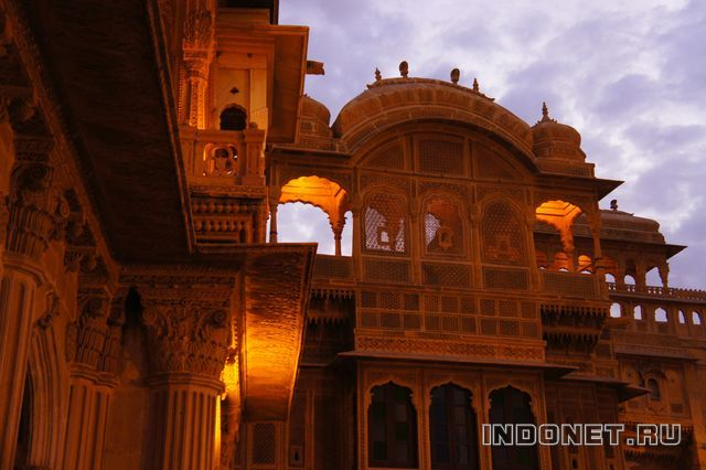 India-Jaisalmer-4-haveli.jpg