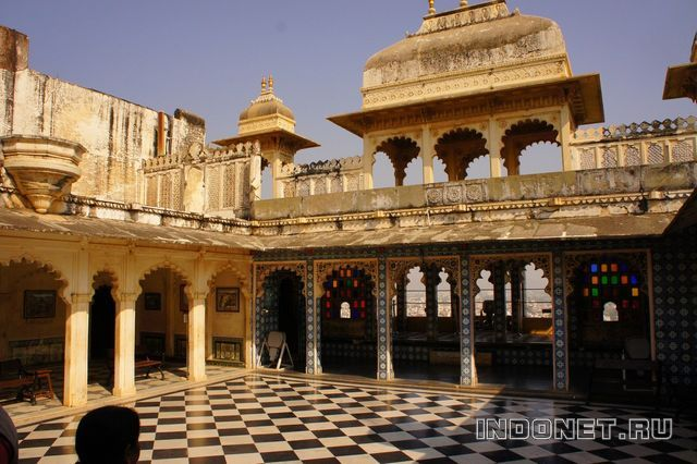 India-Udaipur_City-Palace-2.jpg
