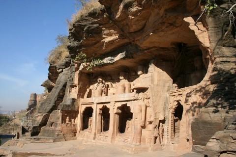 Гвалиор. Джайнский храм XV в. возле Урваи Гейт