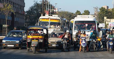 Автомобильное движение в Джайпуре