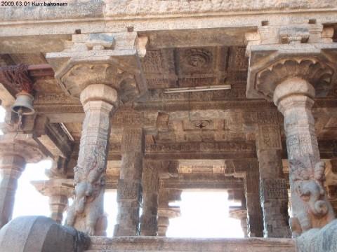 разнообразные храмы Кумбаконама