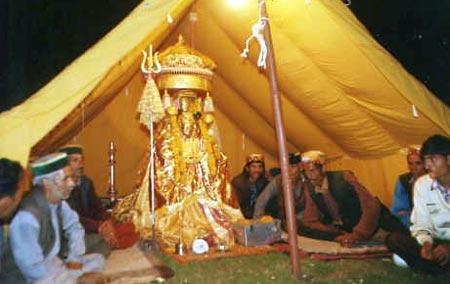 бог в палатке