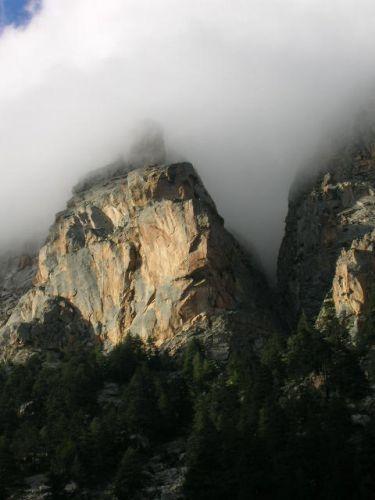 скалы Гархвала