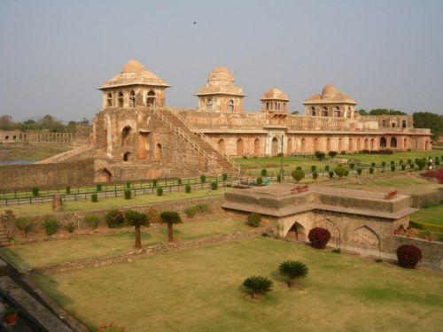 Манду, Jahaz Mahal