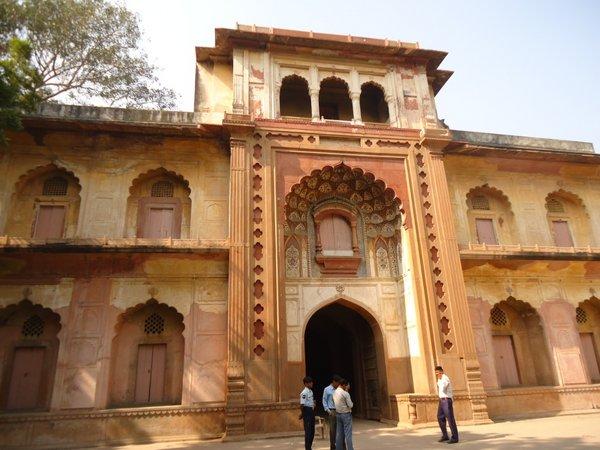Главные ворота Сафдарджанга