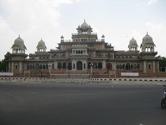 Музей Альберт Холл (Джайпур), арх.С.С.Джейкоб, 1887