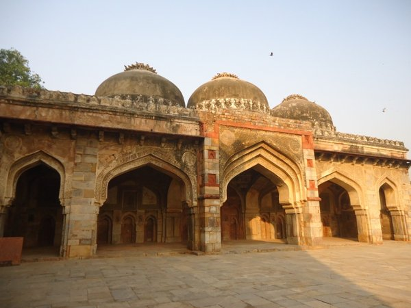 Мечеть Бара Гумбад