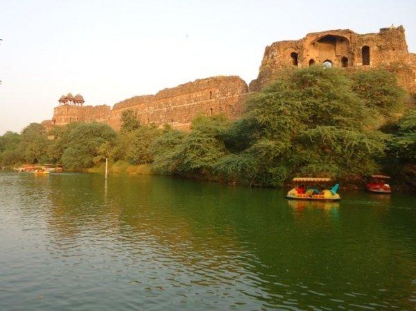 Дели, Пурана Кила - Старый форт
