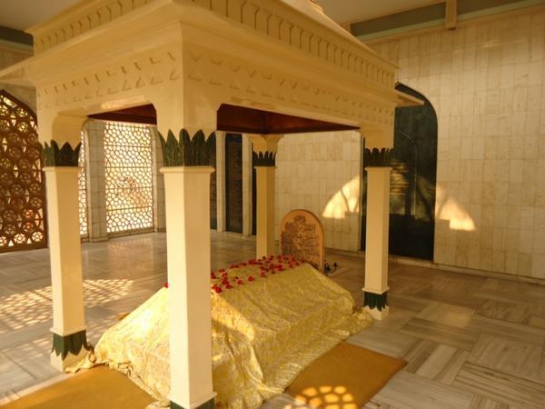 мавзолей Хазрата Инайат Хана