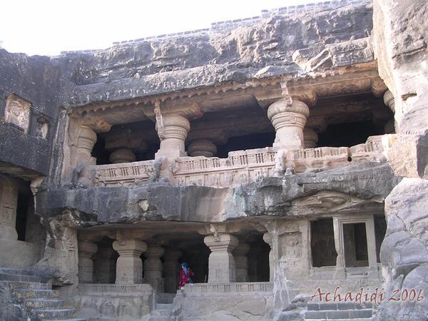 фото джайнского храма в Эллоре