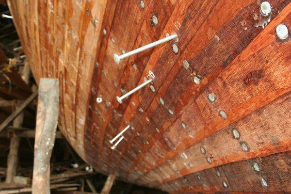 Бейпур, ноябрь 2006 г. Так выглядит судовая обшивка из тиковых досок