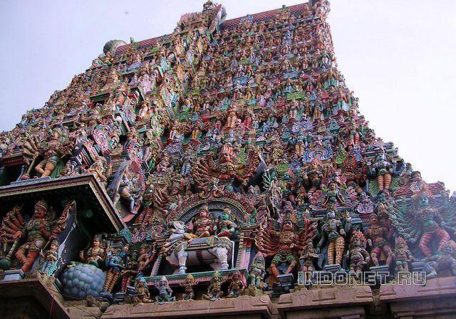 Гопурам храма Мадураи