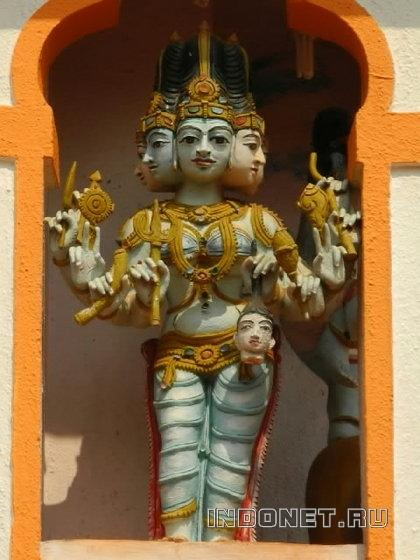 махакали, скульптура в храме дурги в фаторпе, гоа