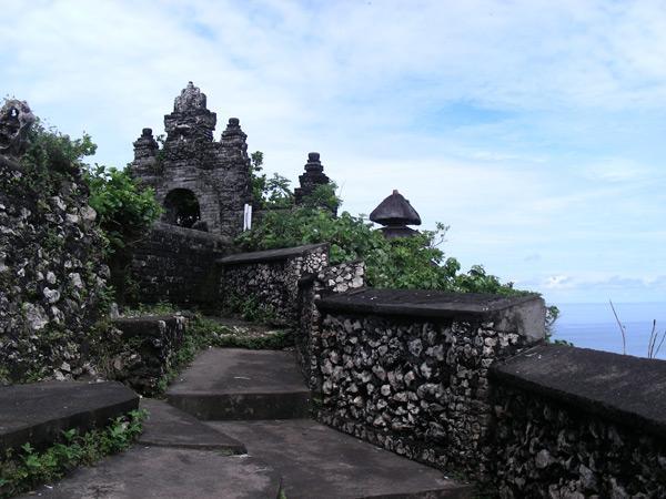 Бали. Храм Улувату - храм на скале