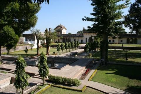 Исламнагар. Дворцовый сад