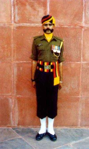 Пехотинец-догра в парадной форме