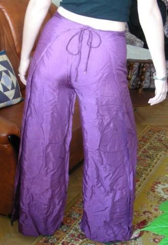 Индийские штаны вид сзади