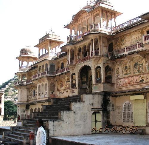 Храм Ханумана в Галте, в окрестностях Джайпура