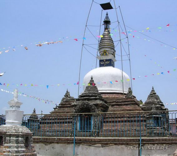 Ступа с синим кубом в Киртипуре Долина Катманду, Непал