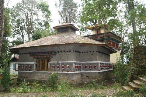 Монастырь Норбуганг в Юксоме