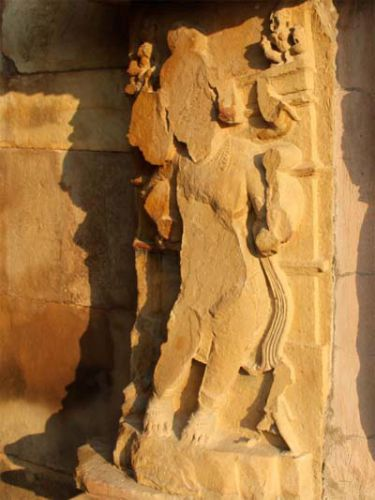 В храме в Каджурахо