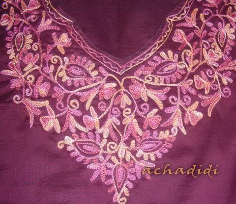 Орнамент, шитье кашмирской блузы, купленной мной в Дели в 2008 г