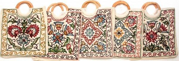 орнаменты индийской вышивки на сумках