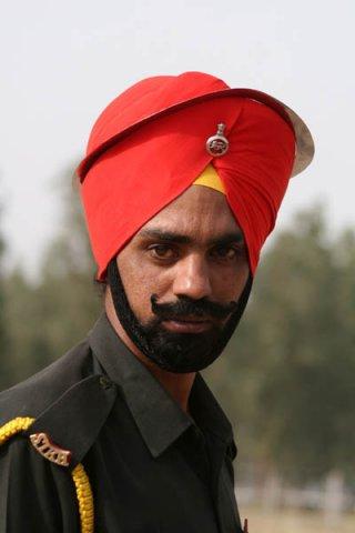 Солдат Сикхского полка в парадном тюрбане