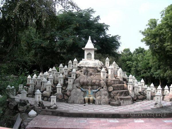 Один из храмов Сонагири, состоящий из десятков маленьких храмиков