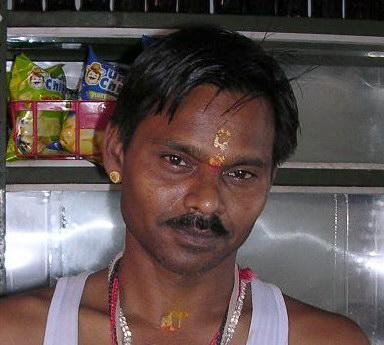 Хинду из Харидвара, простой тилак сандаловой пастой