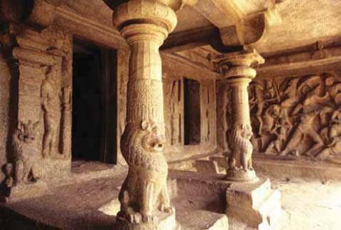 Пещера Махишасурамардини, Мамаллапурам
