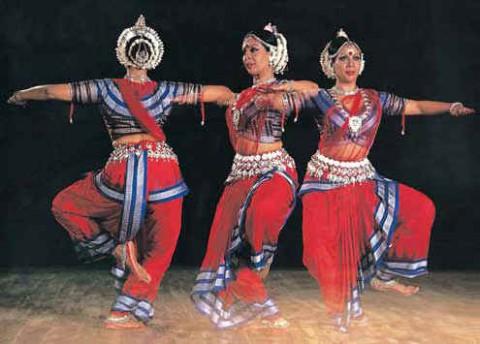 Фото к статье Нритьяграм и любовь к танцу